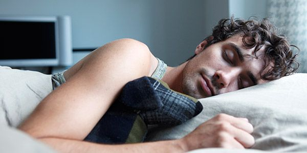 7 Natural Ways to Help you Sleep Well Even With a Cold